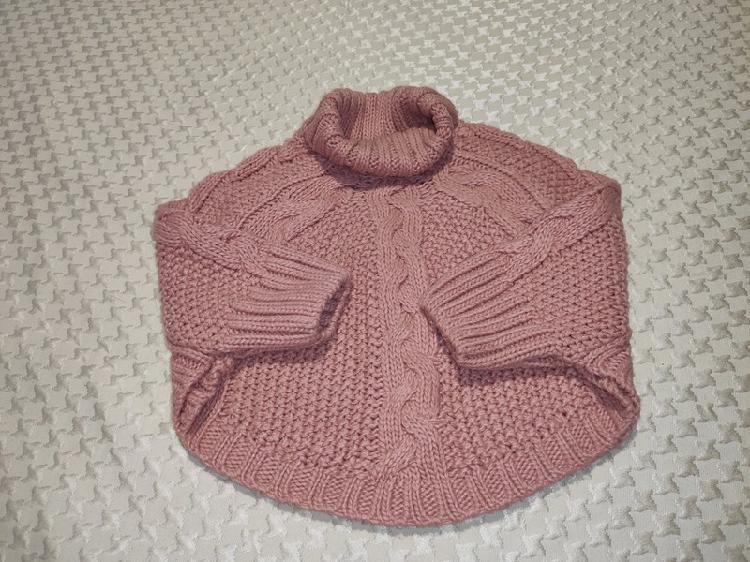 Precioso y original jersey tipo capa de ochos rosa palo 2-3