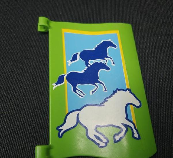 1 bandera, caballos, establo playmobil
