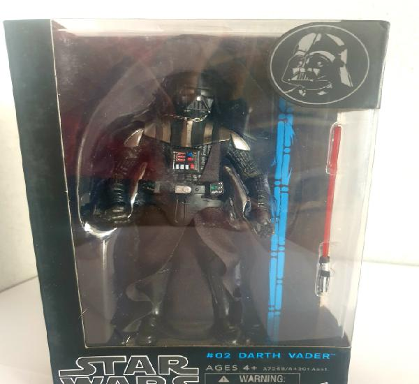 Star wars darth vader black series. réplica