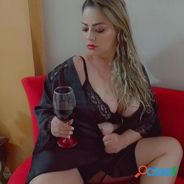 Catalina eyaculacion cuerpo colombiana