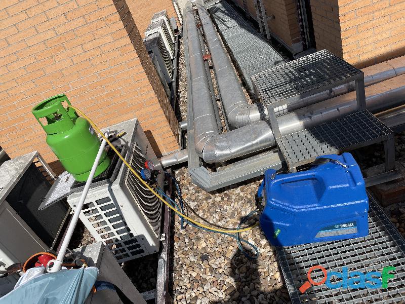 Instalador de aire acondicionado 1