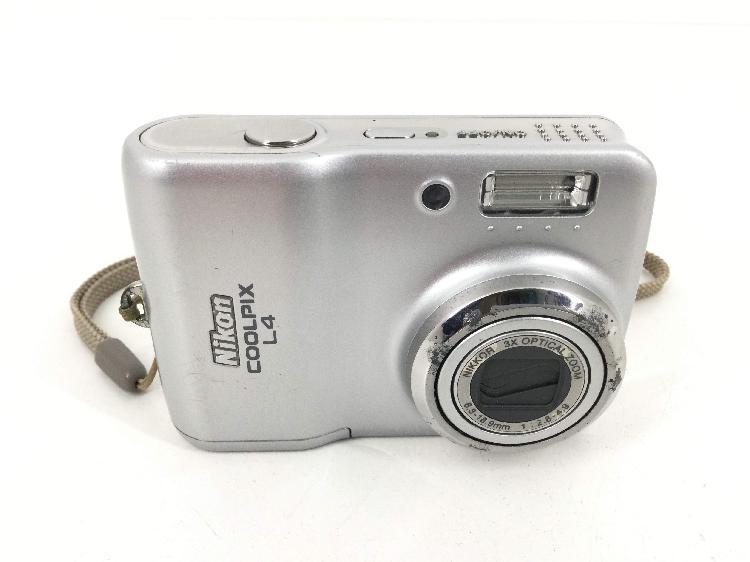 Camara digital compacta nikon l4