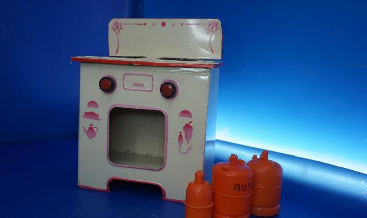 Cocina de juguete. lata. antigua.