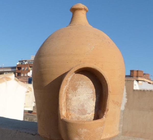 Bebedero para aves en ceramica de los antiguos alfares de