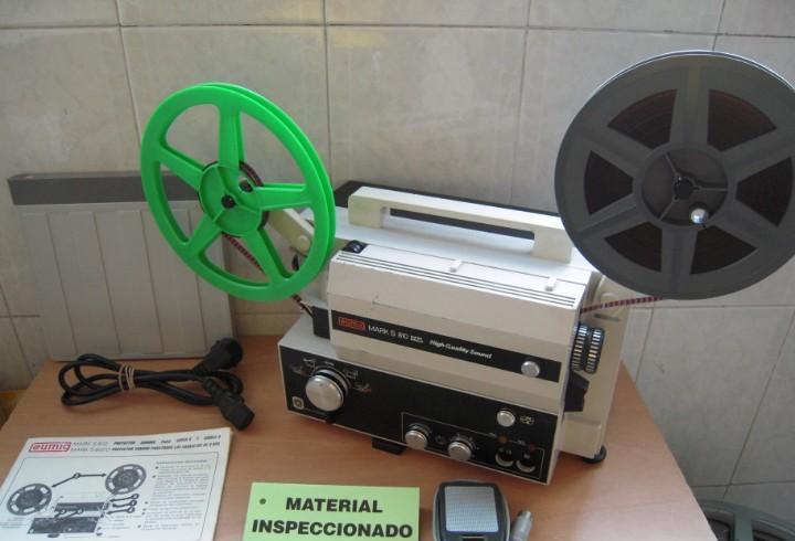 Envio 8€ proyector de cine sonoro eumig mark 810 hqs