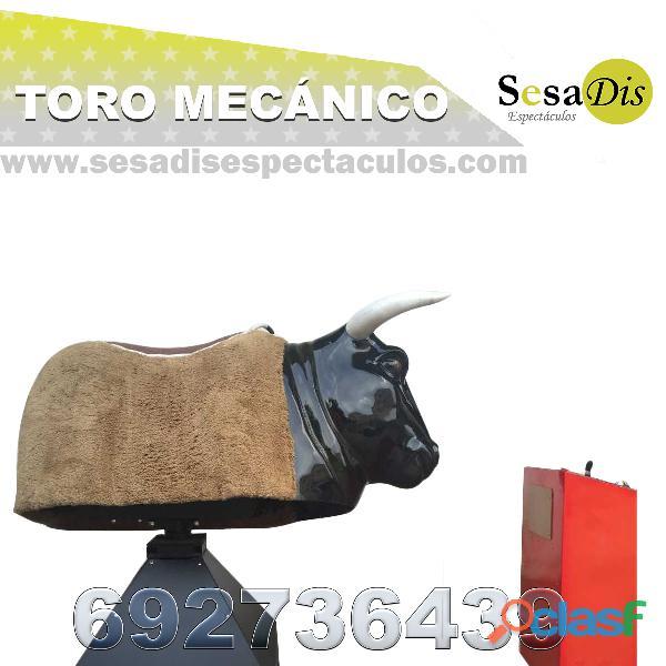 Atracción toro mecanico