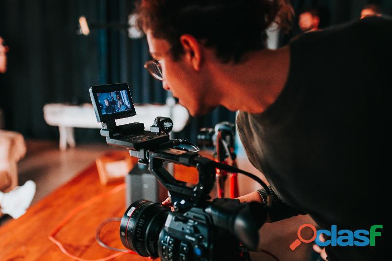 Haz tus vídeos con un profesional.