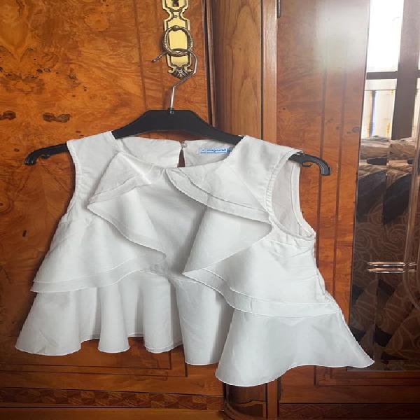 Blusa blanca de mayoral