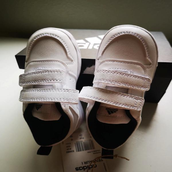 Zapatillas niña adidas sin estrenar